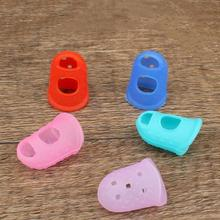 5PCS Silicone Finger Protective Cover Anti-slip Heat insulation Cover for Sewing Repairing (Random Color)