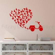 Stado ptaków naklejki ścienne sypialni skuter romantyczna miłość serce winylu ścienne naklejka wystrój salon samoprzylepneH644