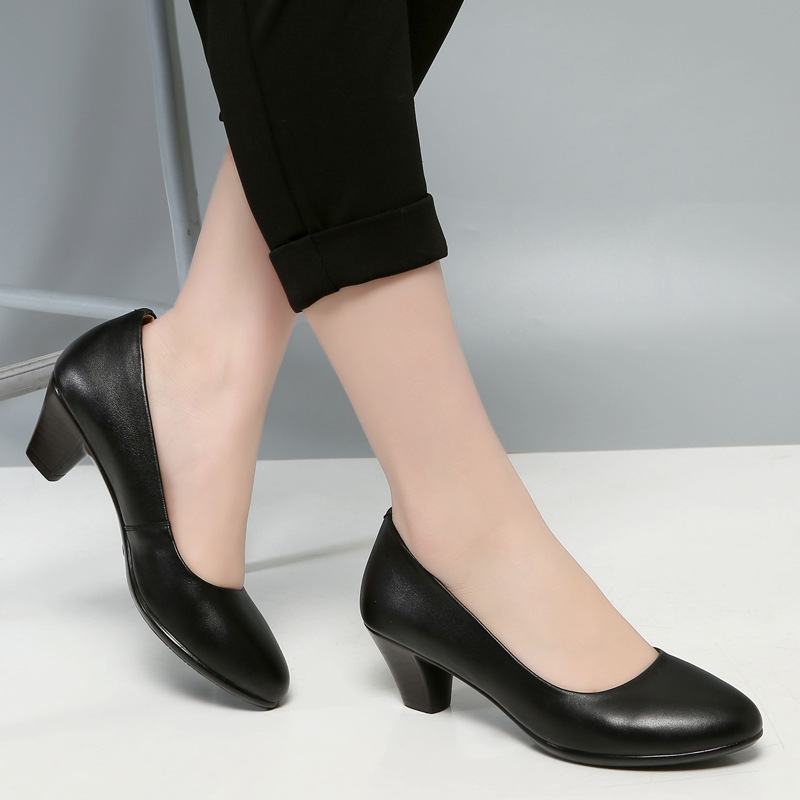 Work Shoes Female Black Genuine Leather Chunky-Heel Semi-high Heeled Airline Stewardess Work Shoes Full-grain Leather Large Size