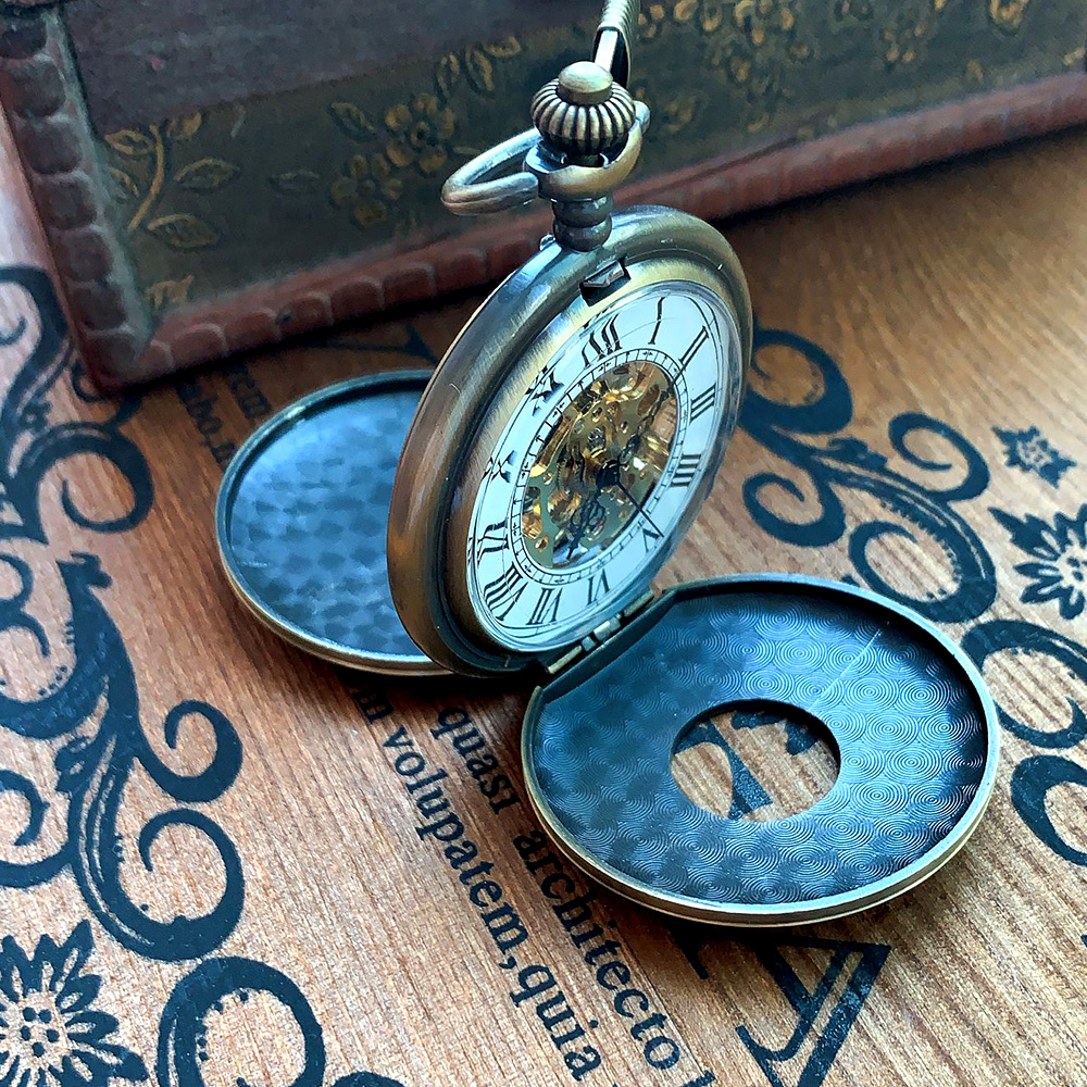 0   Bronze Creative Two Sides Open White Roman Digital Face Open Cover Mechanical Pocket Watch Men And Women Have Necklace