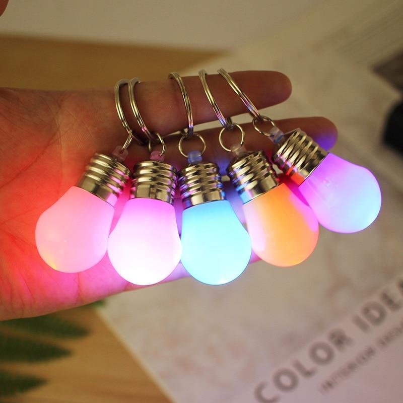 Novelty Lighting Mini LED Light Bulb Keychain Key Ring Illuminate Cartoon Car Key Ring Lamp Pendant Key Fob Christmas Gift