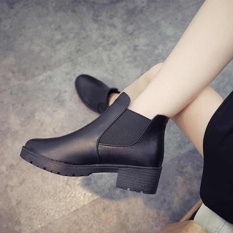 Kadın yarım çizmeler perçin sonbahar Chelsea çizmeler bayanlar toka kayış kadın konfor kalın orta topuklu moda kadın ayakkabısı bayanlar