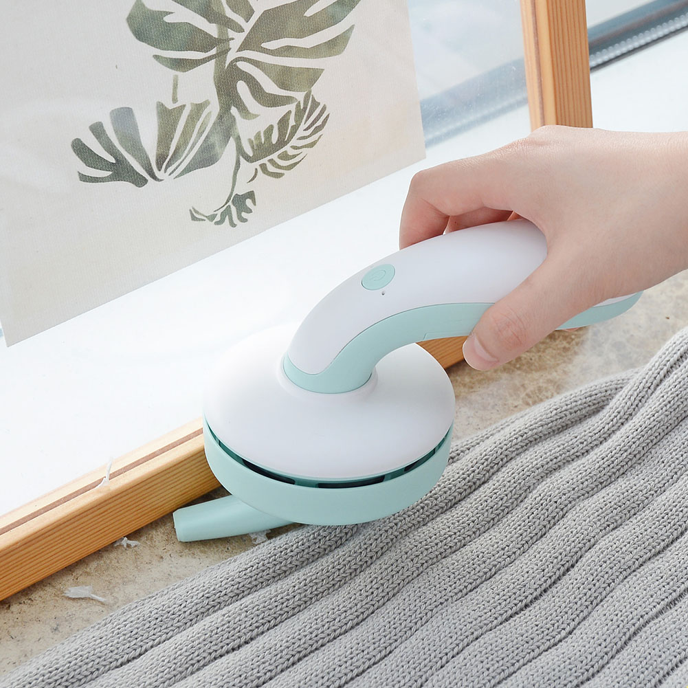 Ev ve Bahçe'ten Temizlik Fırçaları'de USB şarj kolay kullanım Pet saç klavye masaüstü ABS güçlü emiş taşınabilir toz toplayıcı el ev elektrikli süpürge title=