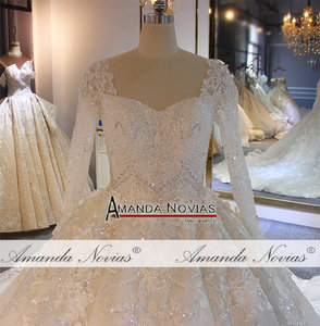 Image 4 - طويلة الأكمام الكرة ثوب كامل الديكور زفاف القادمون الجدد أزياء فستان عروس