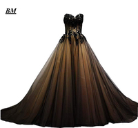 New Sexy Gorgeous Sweetheart Black Tulle Gold Lace Corset Ball Gown Quinceanera Dresses 2019 Sweet 16 Prom Party Prom Gown BM128