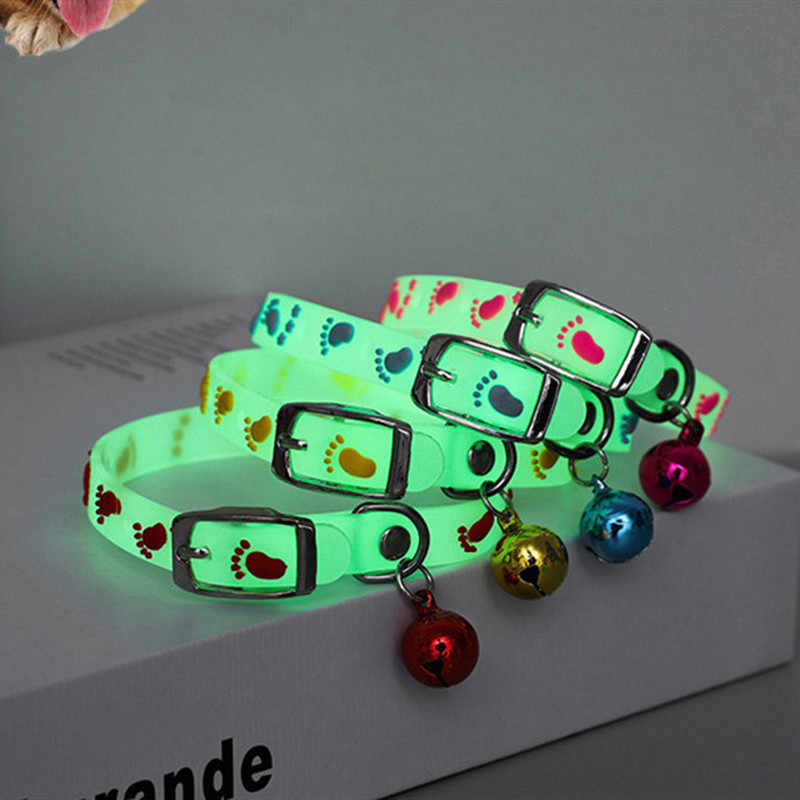Cani e Gatti Collare con Ardore Campane Bagliore di Notte Collare Del Gatto Dell'animale Domestico Della Collana Catena Luce collare di Cane Luminoso Anello del Collo accessori Per animali domestici