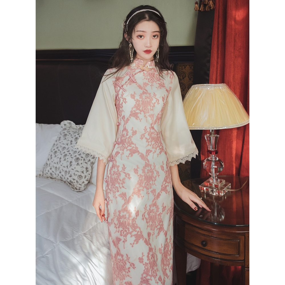 2020 Summer New Spot Shot Chinese Traditional Embroidery Improved Cheongsam Dress Slim Vintage Bubble Sleeve Aristocratic Dress