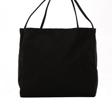 Foldable and reusable practical capacity shoulder bag solid color casual handbag Korean design fashion canvas messenger bag casual straw and solid color design shoulder bag for women