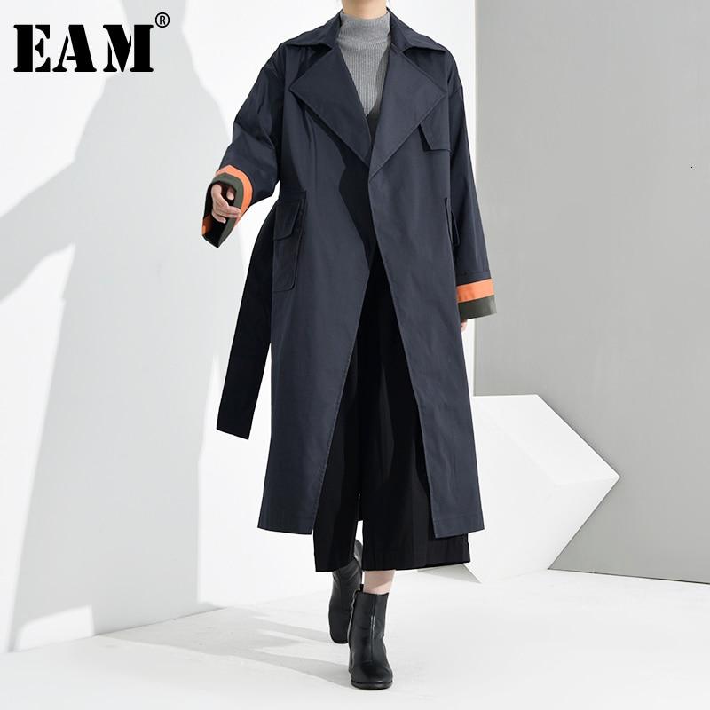 [EAM] Women Dark Blue Split Big Size Long Trench New Lapel Long Sleeve Loose Fit Windbreaker Fashion Spring Autumn 2020 JO5681