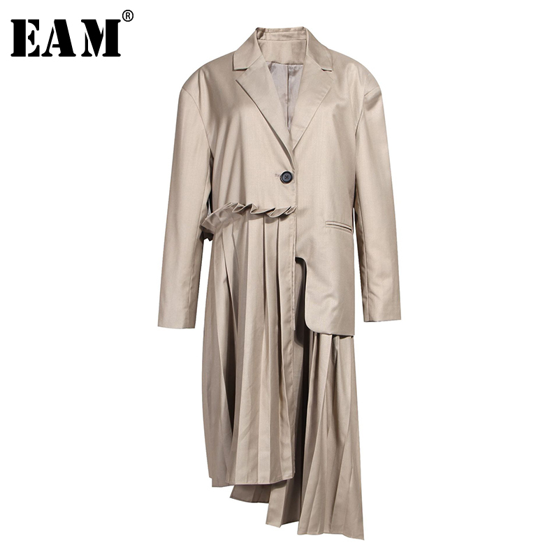 [EAM] Women Spliced Pleated Asymmetric Trench New Lapel Long Sleeve Loose Fit Windbreaker Fashion Tide Spring Autumn 2020 1A880