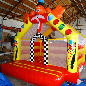 Inflatable bounce house trampo