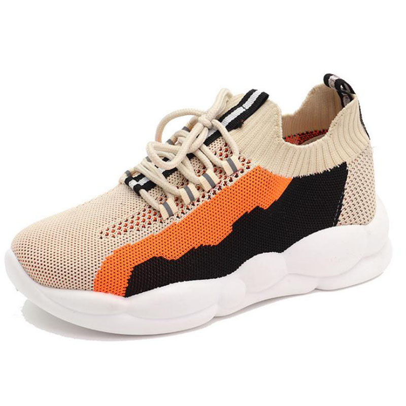 2020 new Korean summer breathable shoes women's running shoes fly woven mesh sports casual women's single shoes