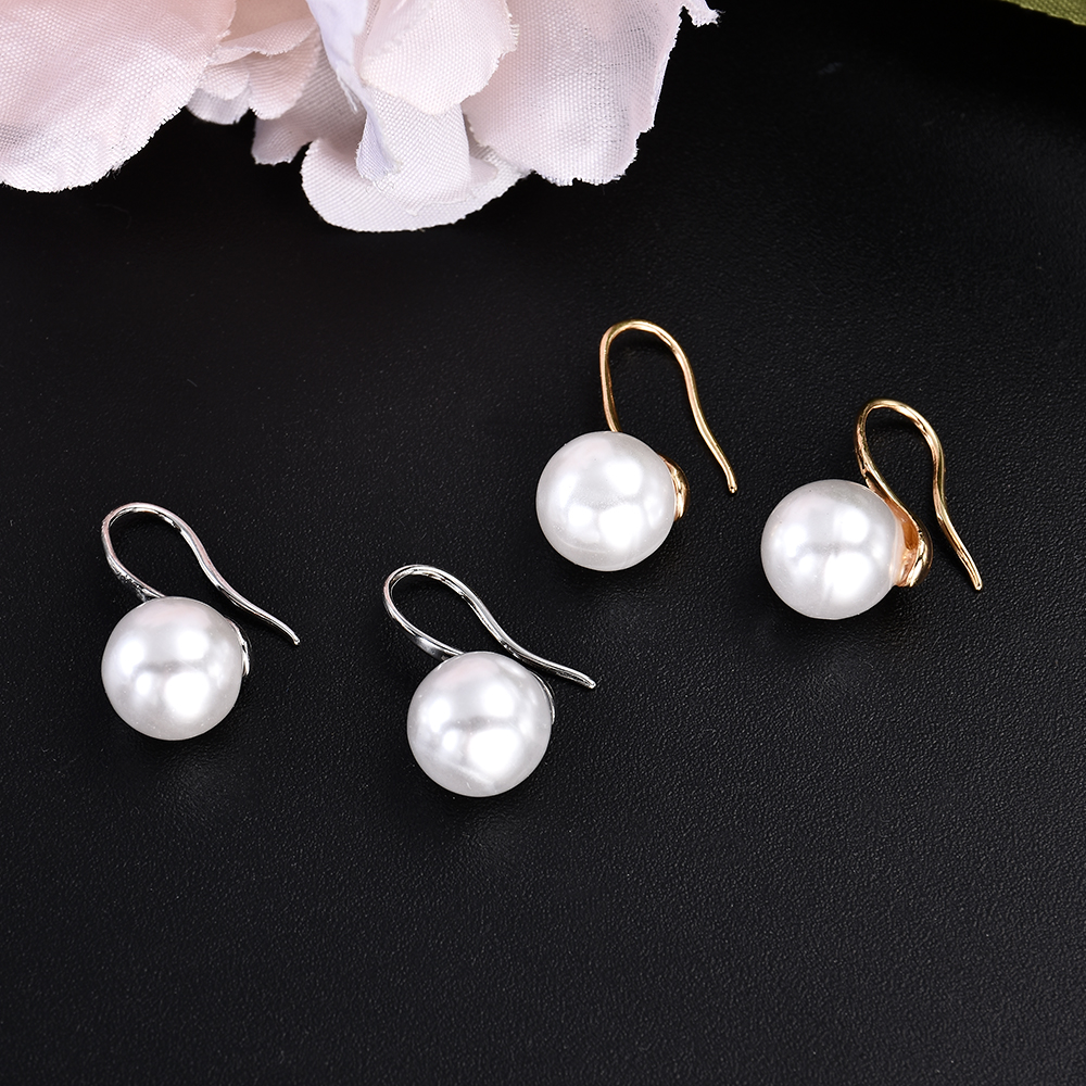 1Pair HOT Crystal Rhinestone Stud Earrings Women Fashion Jewelry Gift