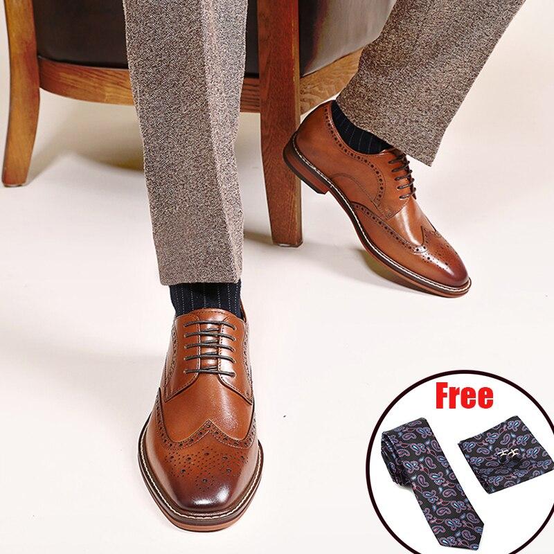 Mens formale scarpe di camoscio in pelle oxford scarpe per gli uomini degli uomini di nozze spogliatoio brogues scarpe ufficio del merletto up di sesso maschile zapatos de hombre-in Scarpe da cerimonia da Scarpe su  Gruppo 1