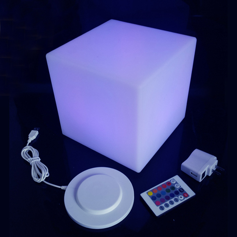 D20cm Lluminated LED Cube Chair Mini Led Light Cube Chairs For Kids Colorful Light Up Cube Chair Dropshipping Free Shipping 1pc