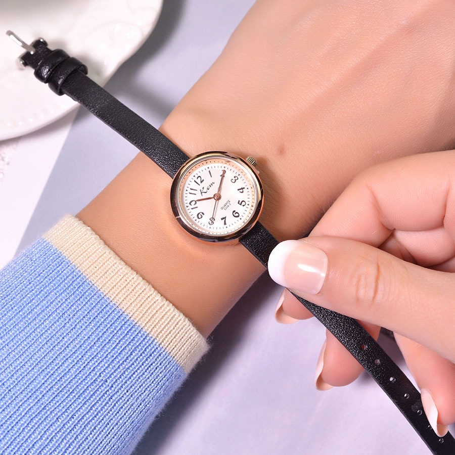 Qualities Luxury Fashion Women Watches Simple Number Scale Elegant Ladies Small Wristwatches Casual Female Leather Quartz Watch