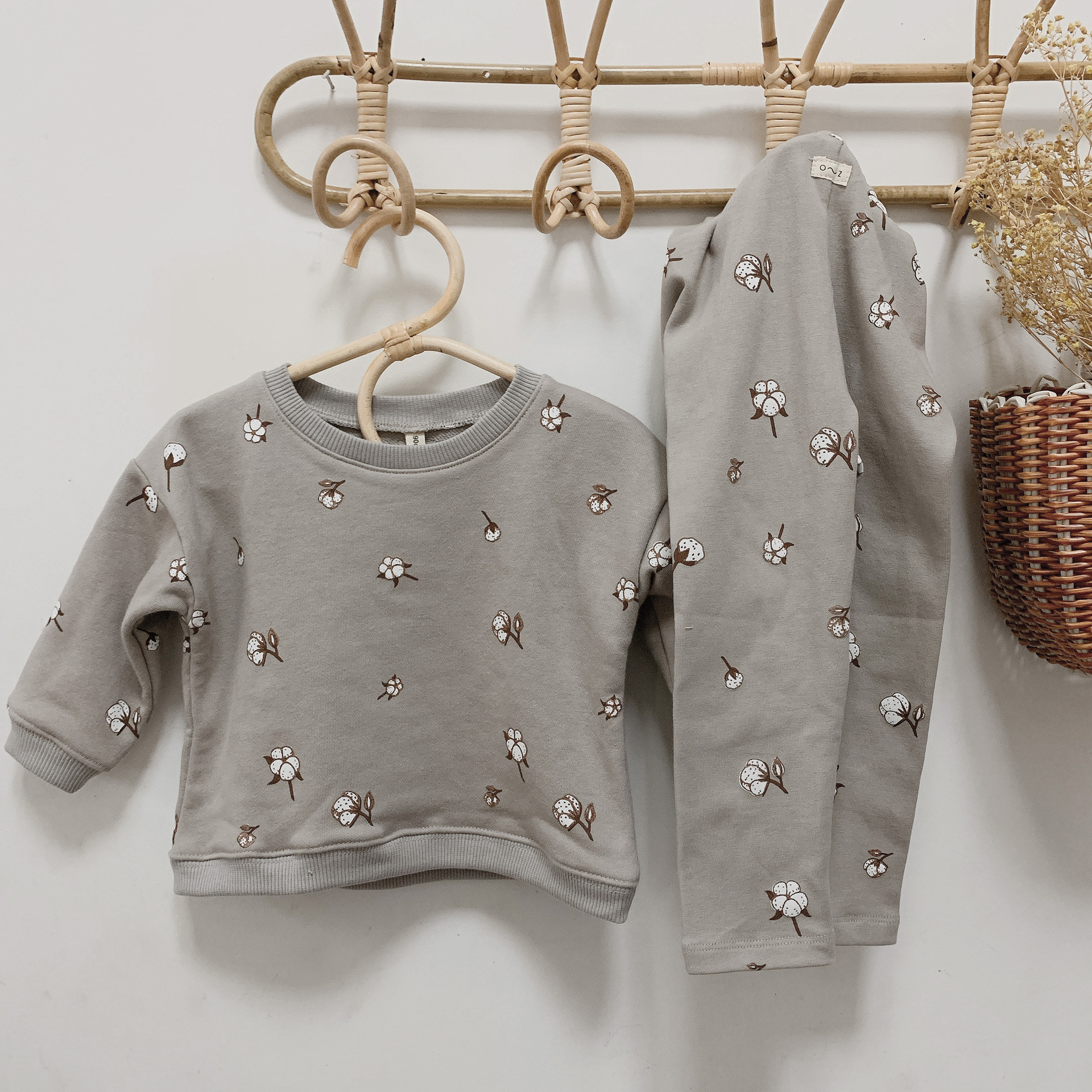 Newborn Sets Unisex Clothes Tops Sweatshirt and Pants Child Boys Casual Fashion Kids Long Sleeve Girl Boy Cotton Clothes Sets 4