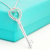 Sterling silver 925 classic fashion heart shaped key charm ladies necklace jewelry holiday gift