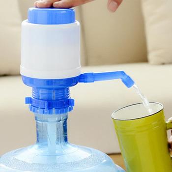 Przenośny o pojemności 5-6 galonów butelkowanej wody pitnej prasa ręczna dozownik z ręczną pompą wymienny do ręcznego stosowania pod ciśnienieniem dozownik z ręczną pompą tanie i dobre opinie CN (pochodzenie) Z tworzywa sztucznego Bottled Water Hand Pump