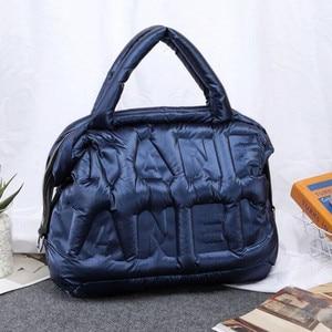 2020 новая зимняя Большая вместительная сумка через плечо для женщин, водонепроницаемые нейлоновые сумки, космическая подкладка, хлопковый п...