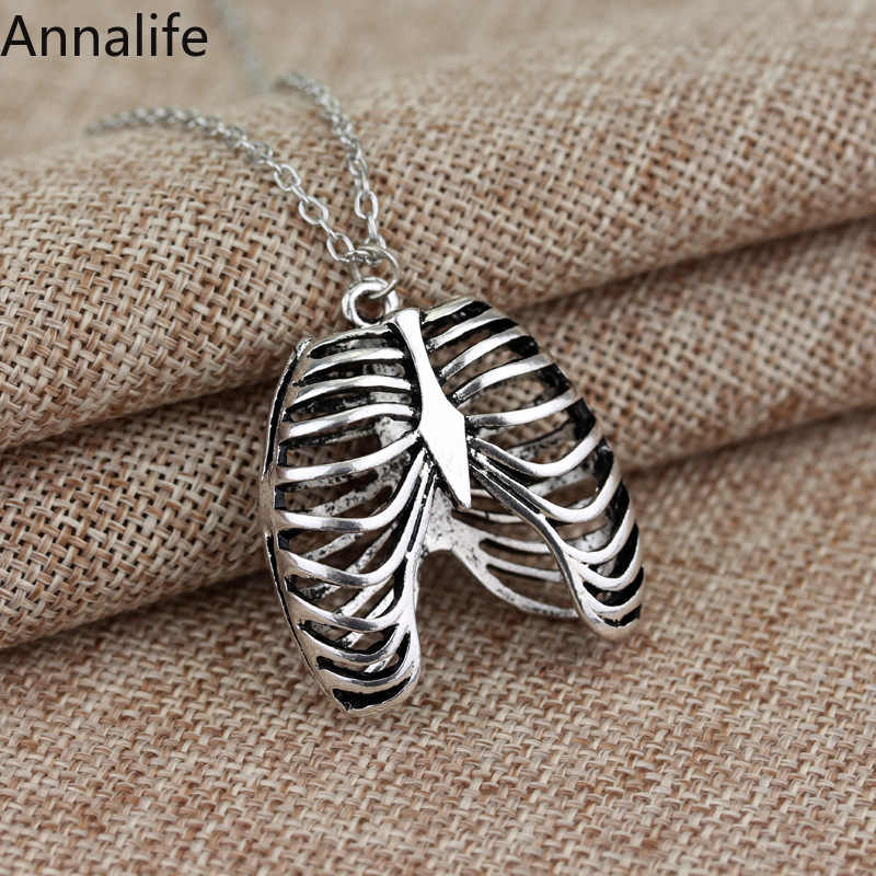 2019 New Gothic vinage rib Cage Necklace Anatomical Skeleton Heart Goth Punk Unique Retro pendant necklace Jewelry men/women
