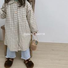 Японский стиль; модные хлопковые свободные длинные плащи в клетку для девочек; детские куртки с отложным воротником для мальчиков; верхняя одежда