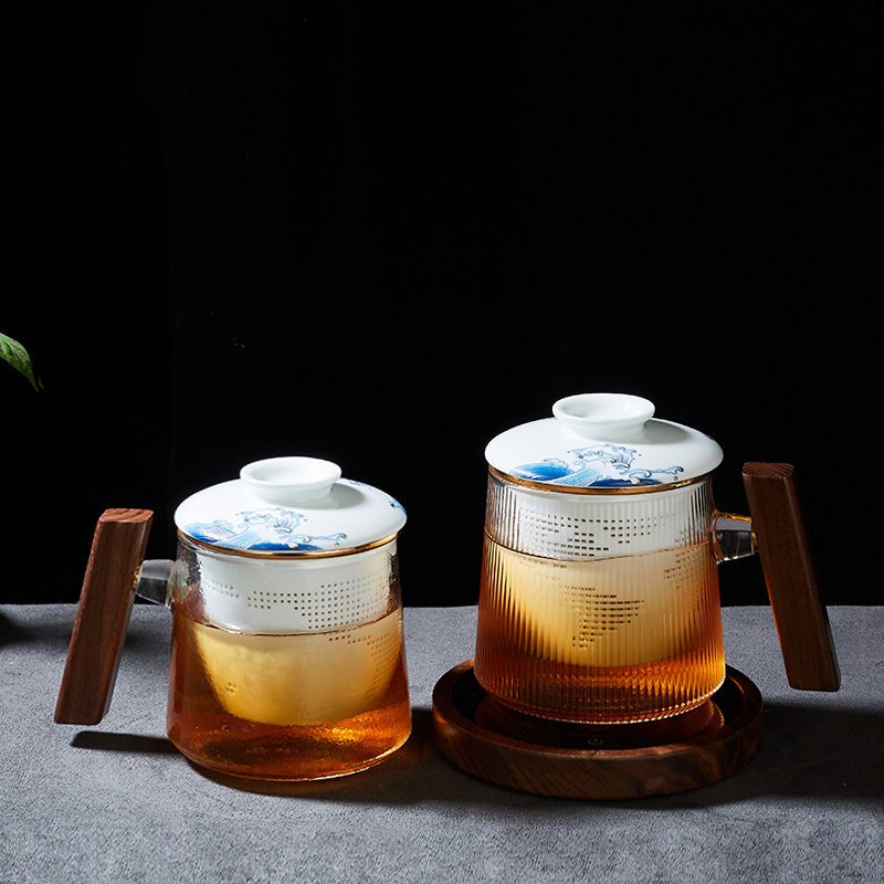 Office large capacity water glass cup classical tea glass with wooden handle and Ceramic Tea Infuser Filter 210402-03