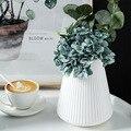 Цветочная ваза для украшения интерьера пластик ваза, цвет: белый, имитация керамический цветочный горшок Цветочная корзина Nordic украшения в...