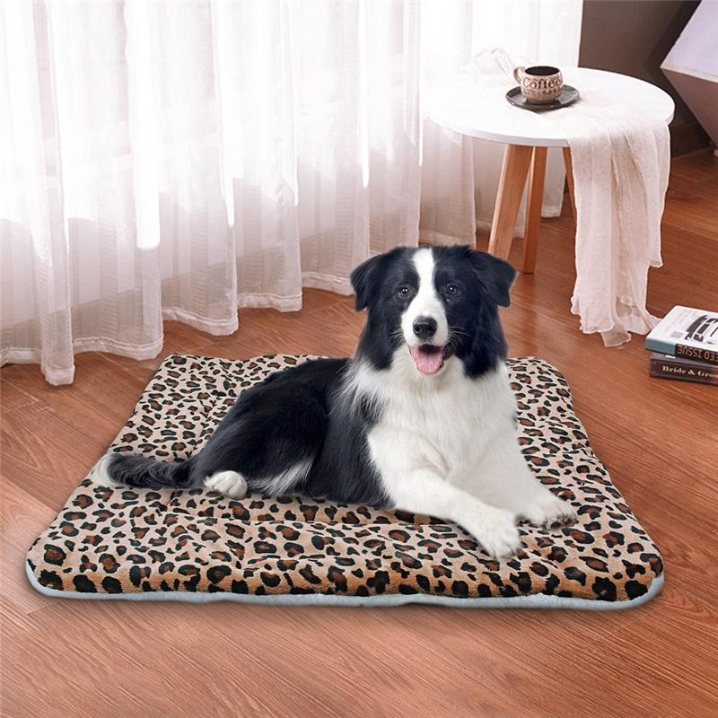 Estera de cama para perro vellón cálido invierno 4