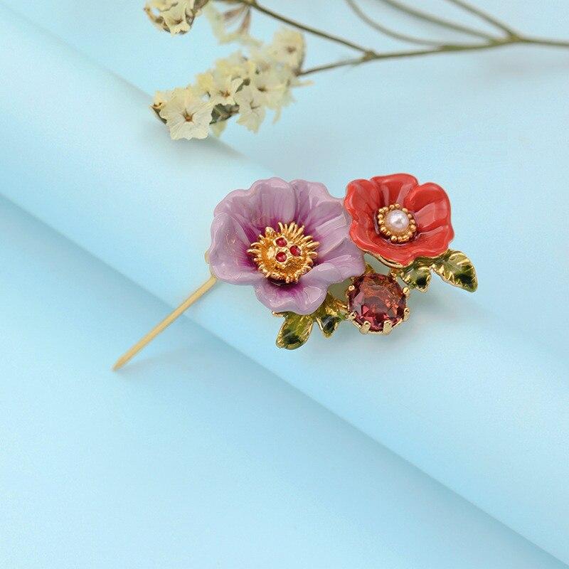 Sweet purple enamel two-tone flower brooch personalized gold-plated diamond pearl brooch female