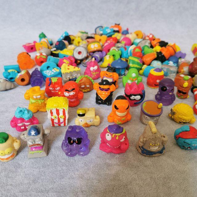 Zomlings Anime Lixo 3CM Modelo Dolls Figuras de Ação Boneca de Brinquedo Crianças Jogando Lixo Superzings Venda Presente de Natal 10PCS/20 Pçs/lote