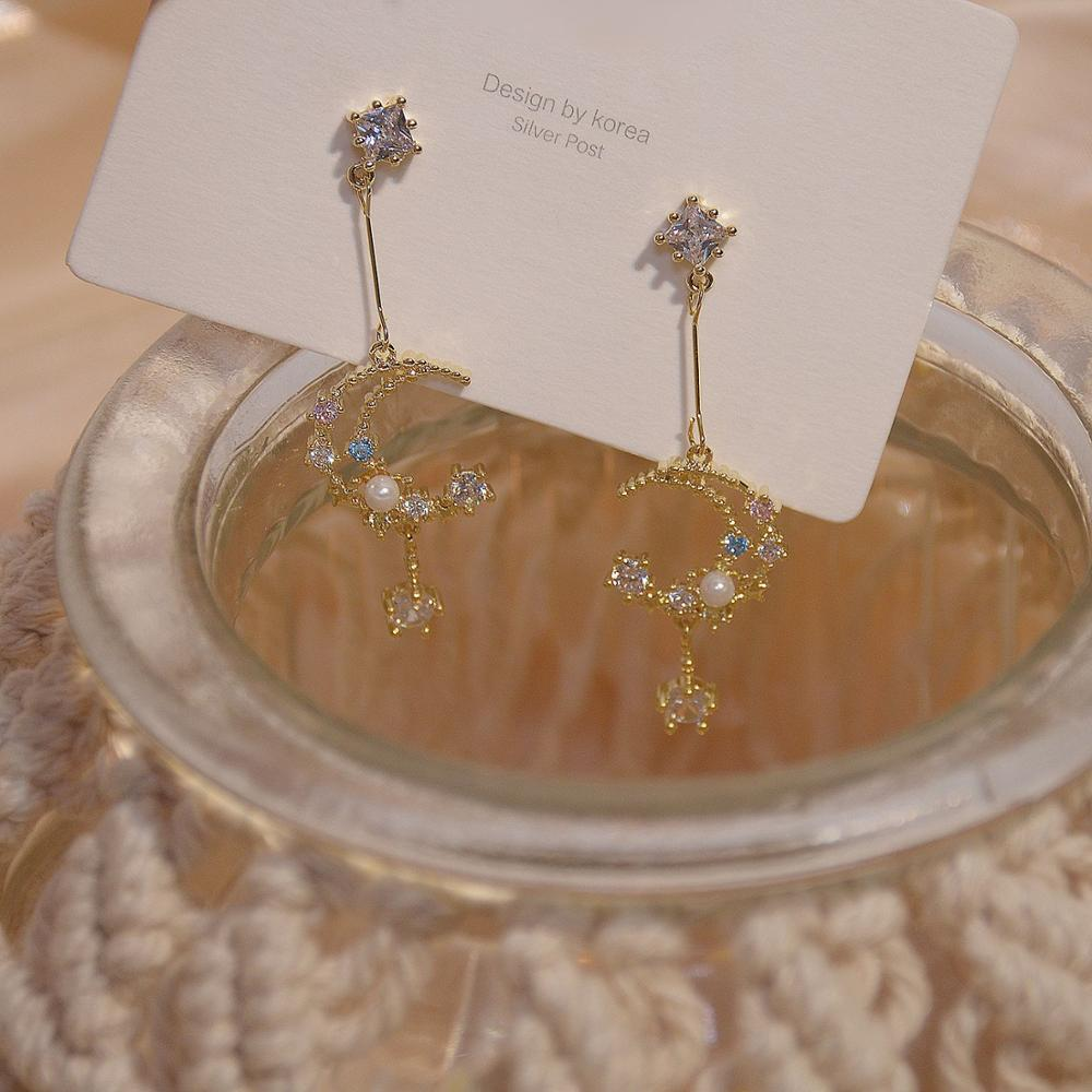 Cute Female Star Moon Drop Earrings Classic Gold Color Dangle Earrings For Women Luxury White Crystal Stone Wedding Earrings