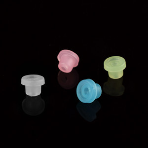 """Image 2 - 100Pcs/Bag Silicone Grommet Rubber Tattoo Machine """"T"""" Needle Pad Nipple Grommets Hat Body Art Accessory Tattoo Airbrush Needle"""