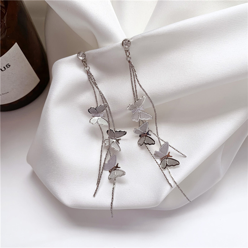 Korean Ultra Fairy Gentle Elegance Retro Lifelike Butterfly Earrings Without Ear Holes