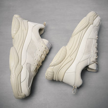 Fashion couple casual sneakers Outdoor platform size sneakers Lightweight and breathable walking shoes Stupid daddy shoes