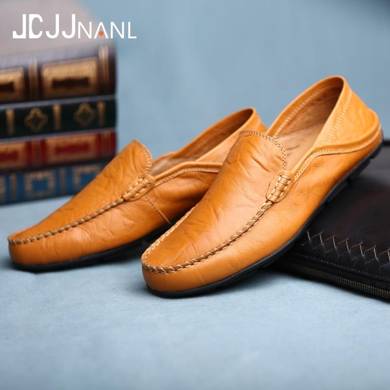 New Casual Breathable Loafers Men Moccasins Comfortable Flat Men Shoes Zapatos de hombre Footwear Fashion Leather Men's Shoes