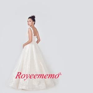 Image 2 - 2020 champage فستان زفاف عاجي مخصص مقاس كبير الزفاف لامعة الدانتيل Mariage العميق الخامس الرقبة مفتوحة الظهر التصميم الأصلي
