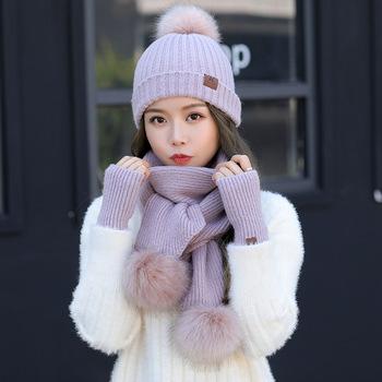 Zimowy Faux kapelusz z futra króliczego rękawiczki szalik zestawy pluszowa wełna ciepłe czapki kobiety czapka z dzianiny odkryty wiatroszczelna czapka Beanie Bonnet tanie i dobre opinie WOMEN Dla dorosłych Moda Szalik Kapelusz i rękawiczki zestawy Jun-aidai-VK 0 5kg Patchwork Multicolor Thicken Warm Knitted