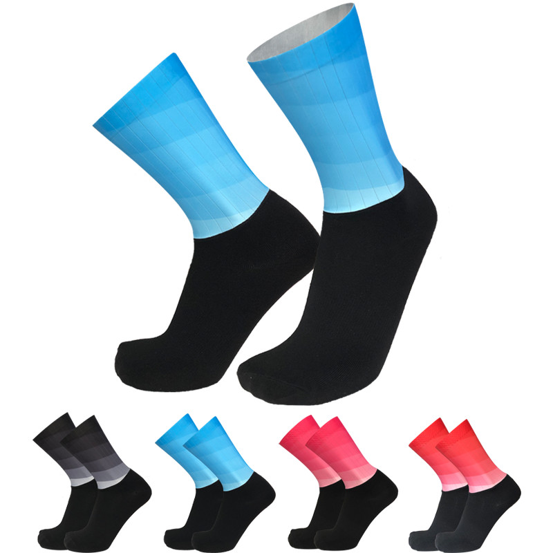 Latest Gradient Road Cycling Socks Seamless Stitching Silicone Functional Cloth Sports Running Bike Socks