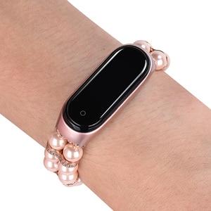 Image 4 - Correa de repuesto para reloj inteligente Xiaomi Mi Band 3 y 4, pulsera de Metal con Perfume de perlas para mujer