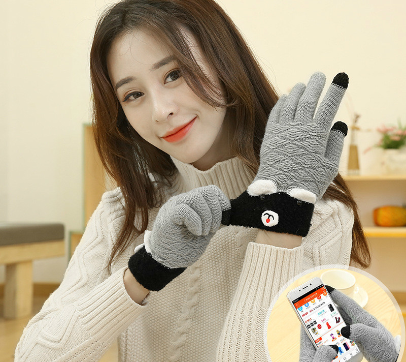 High Quality Winter Adult 's Fingers Warm Knitted Gloves Boys And Girls Fashion Carton Bear Gloves Unisex