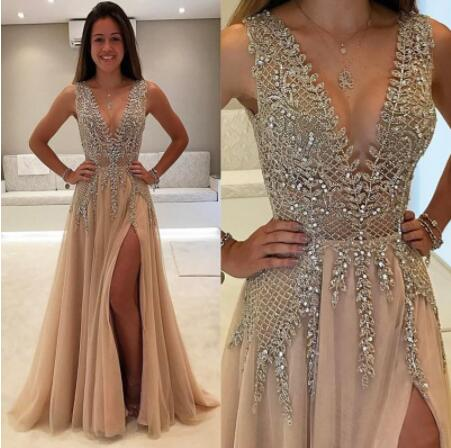 Sexy A-line Prom Dresses With Deep V Neck Beadings Appliques Tulle  Backless Cocktail Party Gown Floor-length Evening Dress
