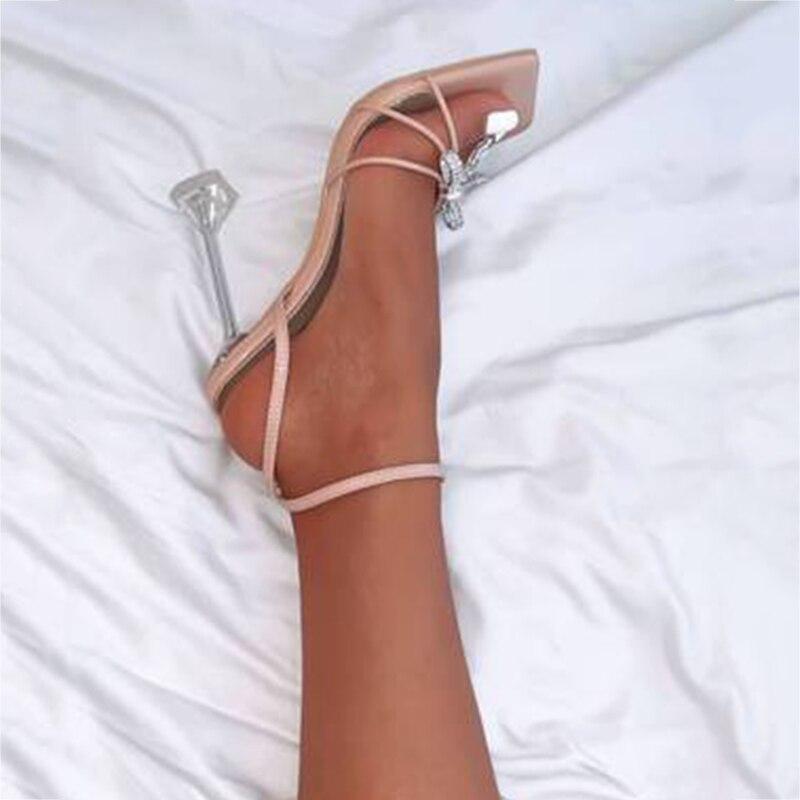 fivelas decorado toe quadrado sandálias de salto
