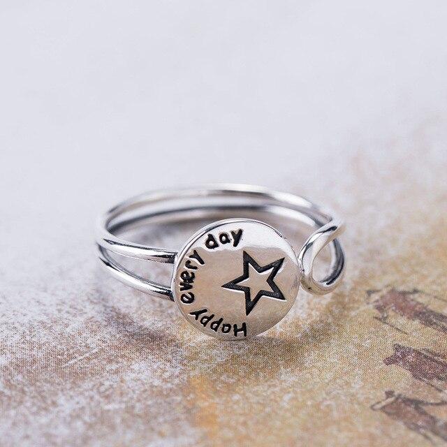 Acecare Eenvoudige en kleine verse 925 zilveren ronde belettering stars open ring Japanse en Koreaanse mode trend gepersonaliseerde ring