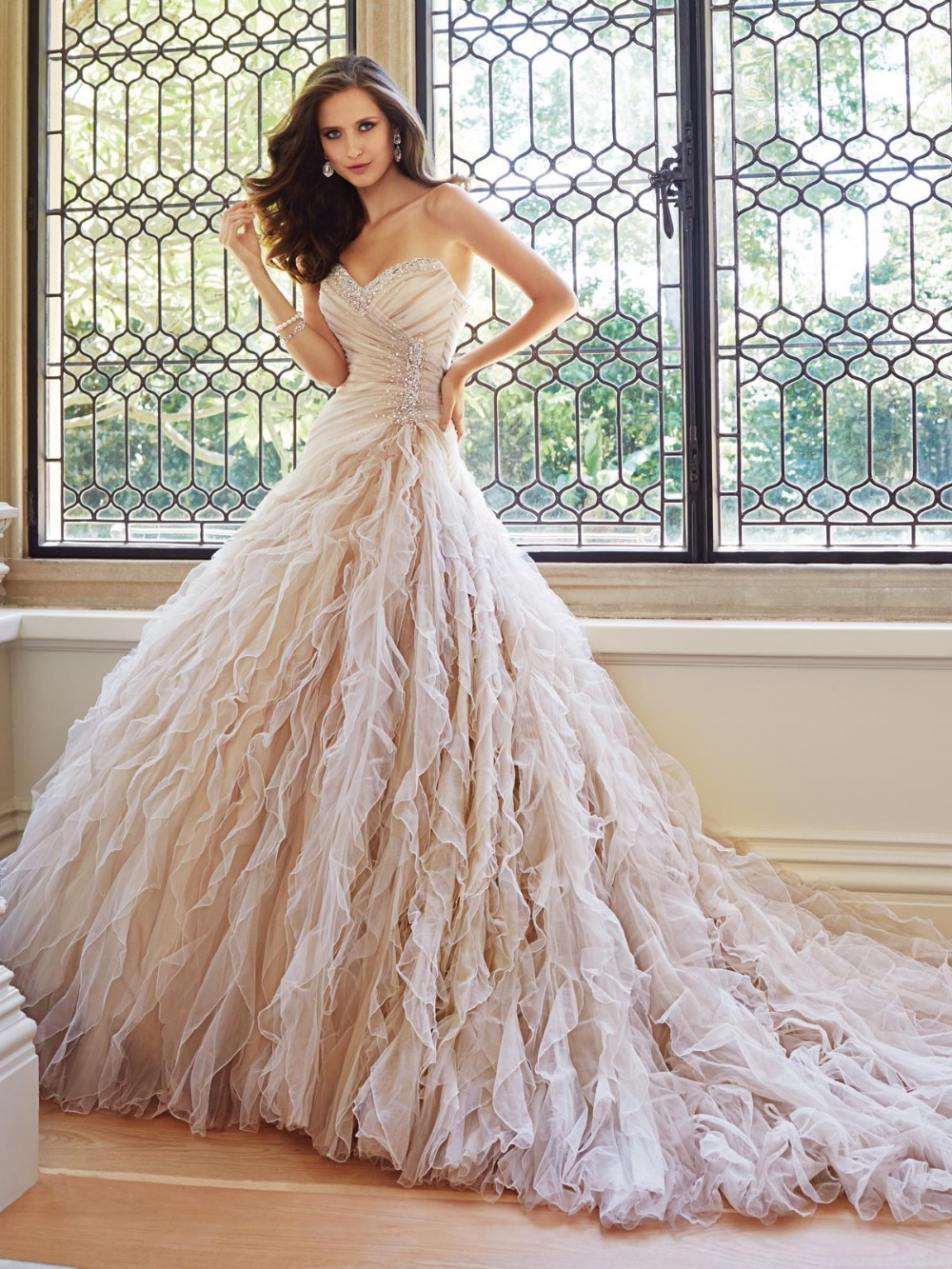 Elegant Crystal Strapless Sweetheart And Frothy Layers Of Misty Tulle Chapel Length Train Ball Gown Wedding Dresses 2016