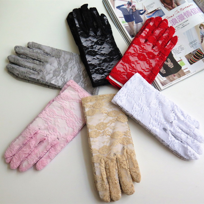 Short Sunscreen Women Lace Gloves Driving Sun Gloves Black Pink Lace Floral Hand Mittens Evening Party Marriage Gloves ST243