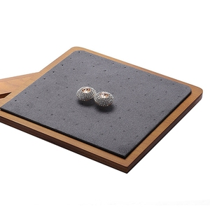 Image 3 - 木製スタッドのイヤリングディスプレイ小道具ウィンドウジュエリーディスプレイイヤリング収納ラックディスプレイスタンド配置垂直
