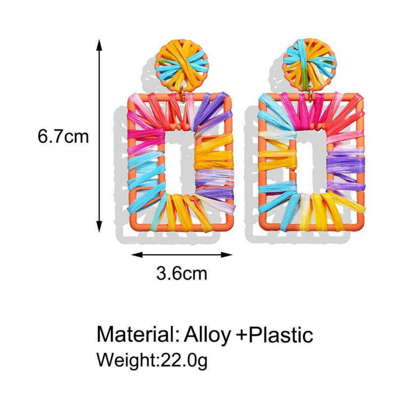Moda 2020 nueva tendencia de las mujeres grandes tejidas geométricas cuelgan los pendientes colores estilo bohemio verano vacaciones playa ropa de fiesta