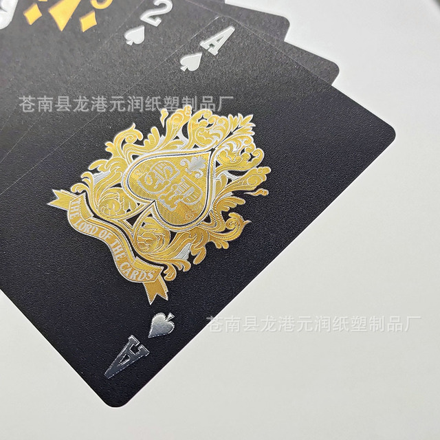 Hot Sales Plastic Waterproof Poker Creative Luxury Gold Color Gold Effect Black Gold Foil Playing Cards