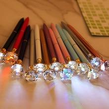 1pc criativo led luz grande diamante metal esferográfica glitter cristal caneta caixa de metal carat diamante bola caneta papelaria ferramenta de escrita